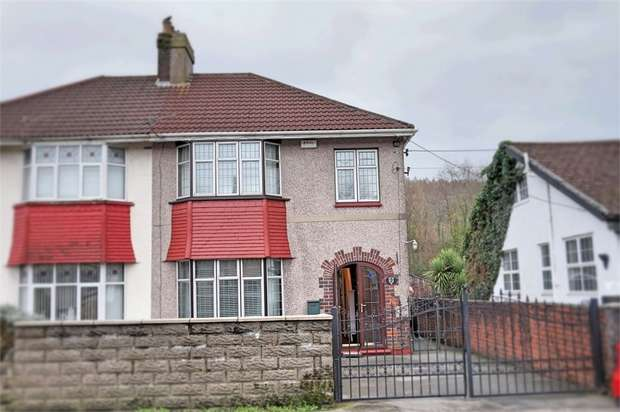 3 Bedrooms Semi Detached House for sale in Park Avenue, Glynneath, Neath, West Glamorgan
