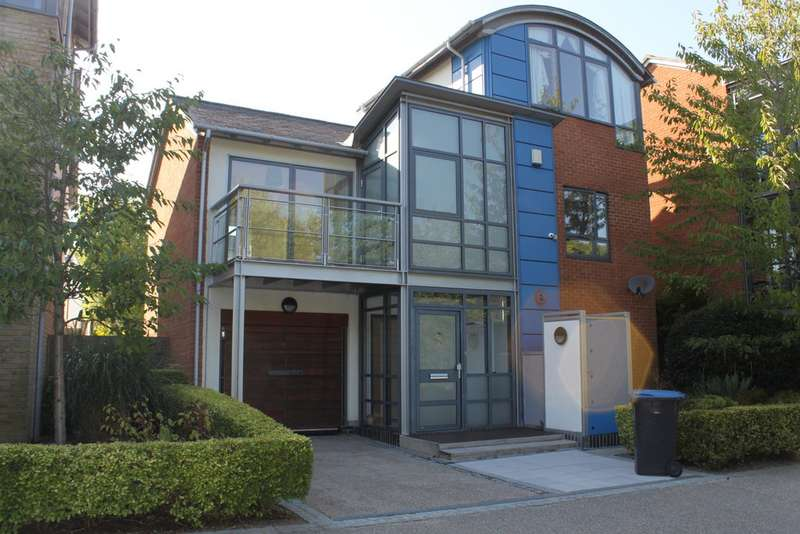 4 Bedrooms Detached House for sale in Great Auger St, Newhall CM17