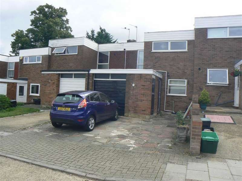 3 Bedrooms Terraced House for sale in Fuller Close, Green Street Green