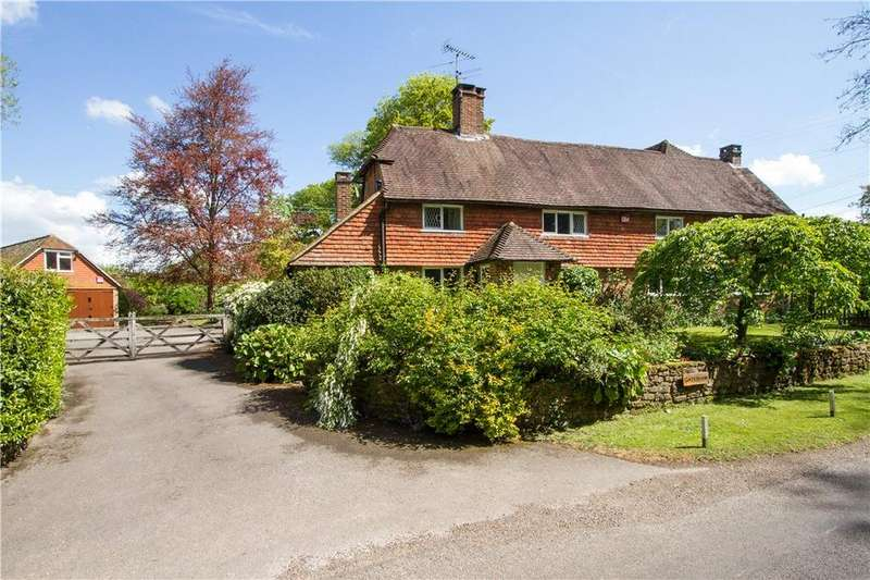 4 Bedrooms Detached House for sale in Shillinglee Road, Plaistow, Billingshurst, West Sussex, RH14