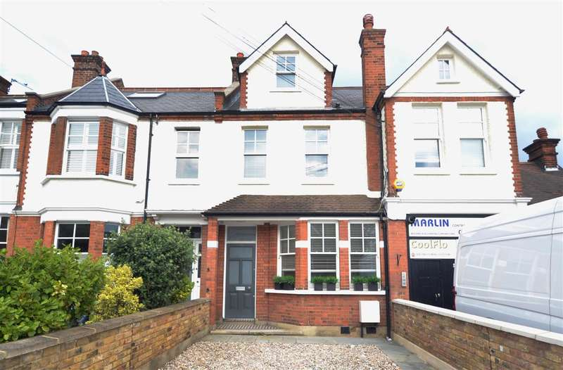 4 Bedrooms Semi Detached House for rent in Lambton Road, Raynes Park, Raynes Park