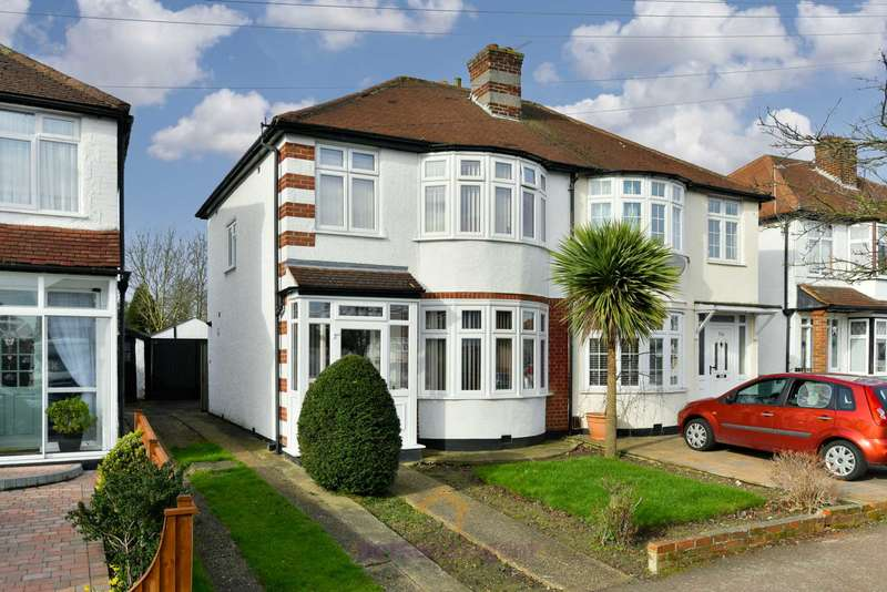 3 Bedrooms Semi Detached House for rent in Marlow Drive, North Cheam