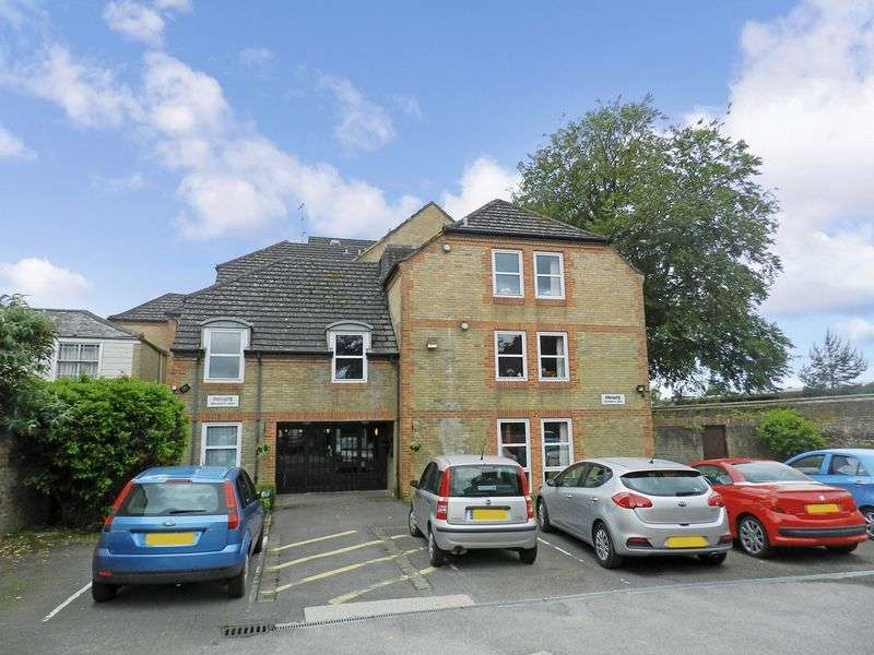 1 Bedroom Property for sale in Homesarum House, Salisbury, SP2 7HS