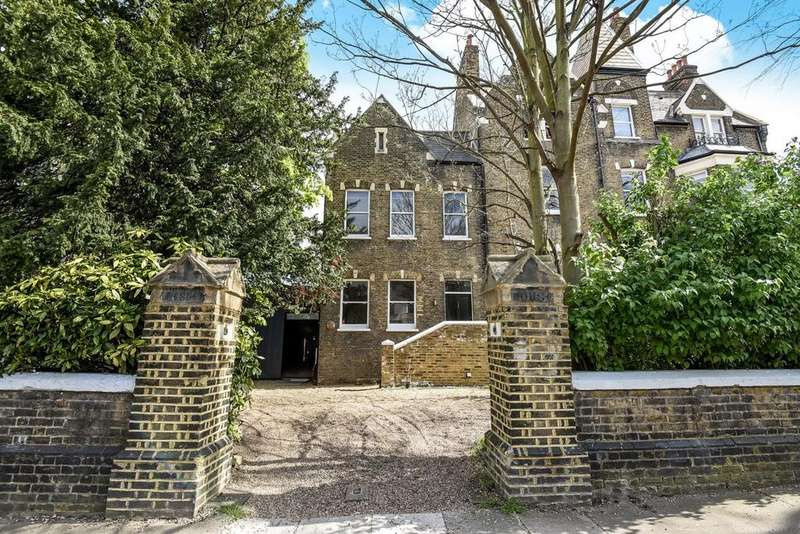 5 Bedrooms Terraced House for sale in Wickham Road, Brockley