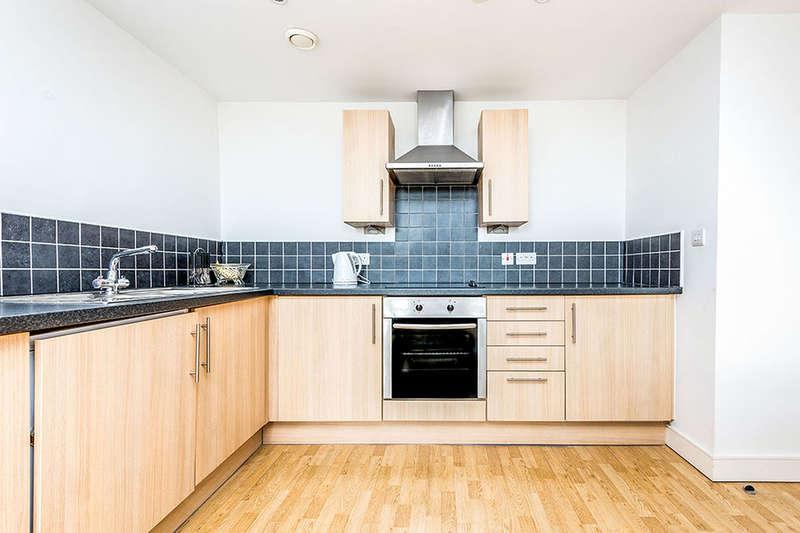 1 Bedroom Flat for sale in Melbourne Street, Morley, Leeds, LS27