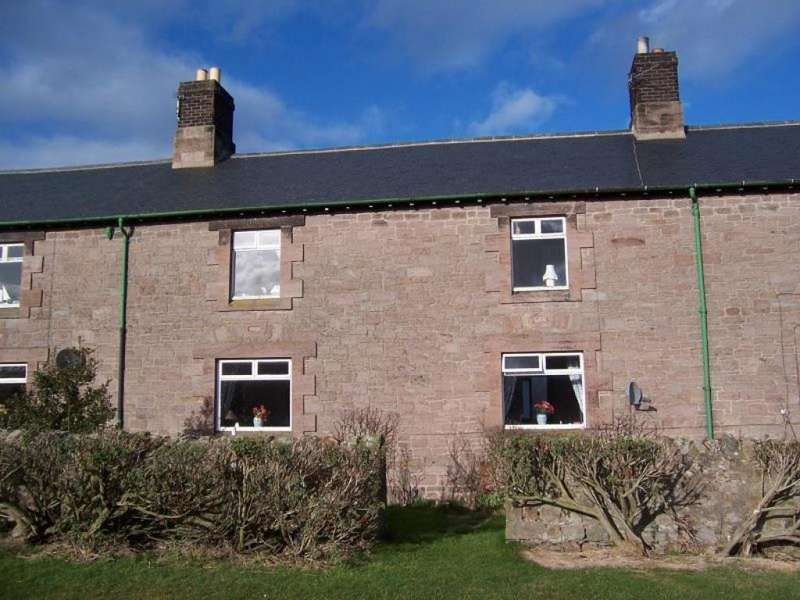 3 Bedrooms Terraced House for rent in Buckton, Belford, Northumberland, NE70