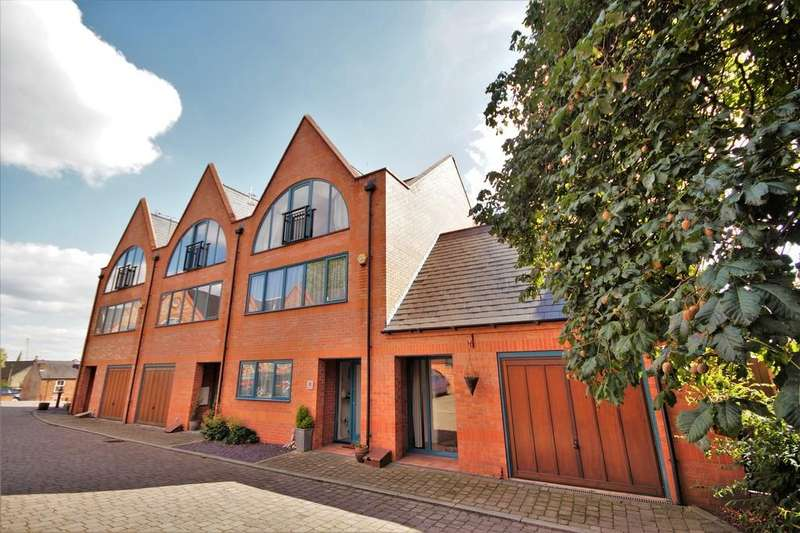 4 Bedrooms Town House for sale in The Ropery, Lincoln