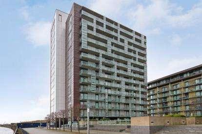 1 Bedroom Flat for sale in Meadowside Quay Walk, Glasgow Harbour
