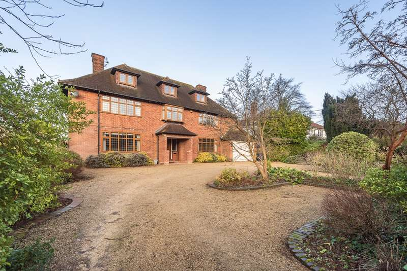 6 Bedrooms Detached House for rent in Devonshire Avenue Amersham HP6