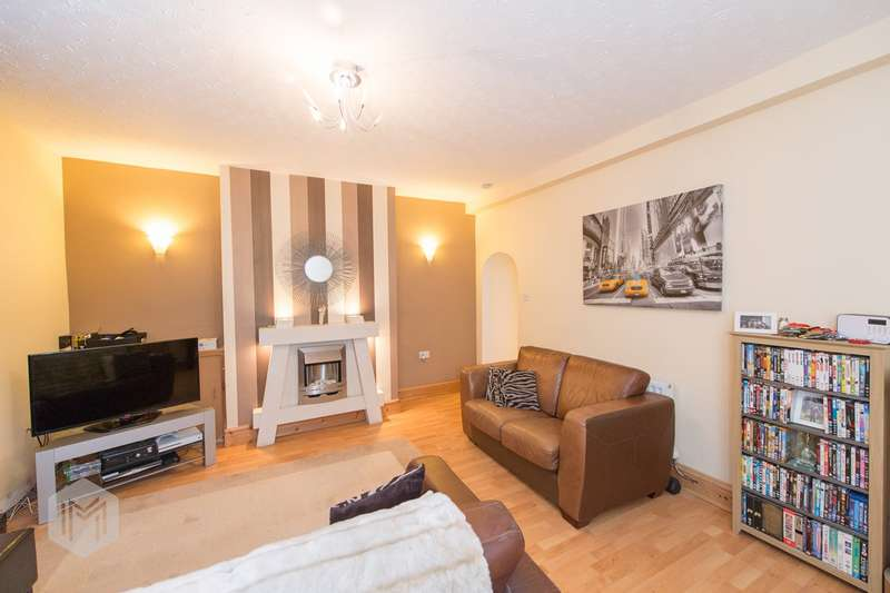 3 Bedrooms Semi Detached House for sale in Holt Street, Hindley, Wigan, WN2