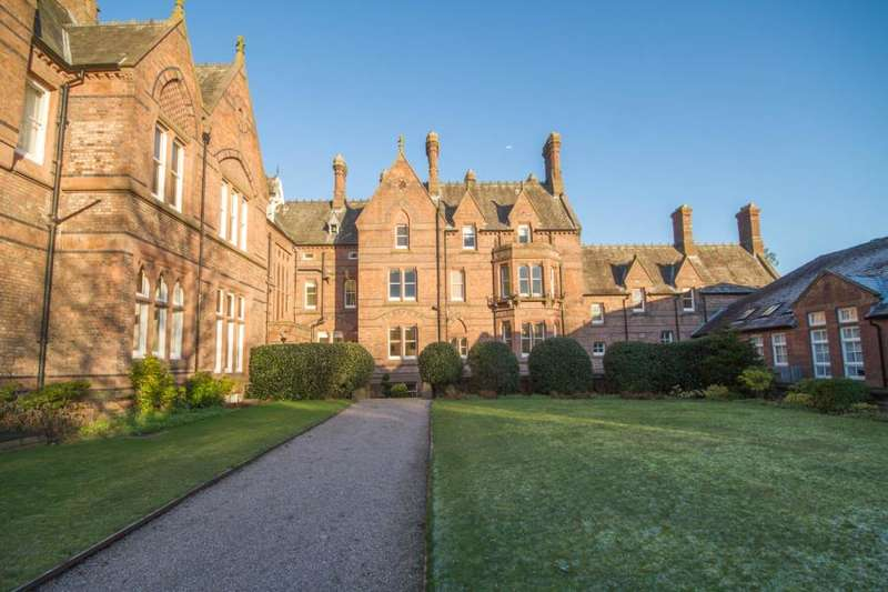 2 Bedrooms Apartment Flat for rent in Ye Priory Court, Allerton Priory, Woolton, Liverpool.