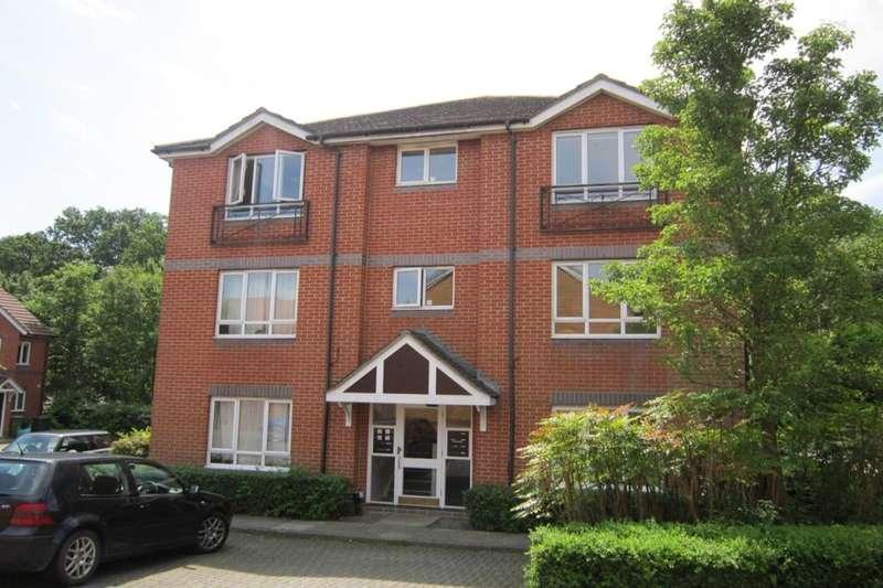2 Bedrooms Flat for rent in Angelica Way, Whiteley, Fareham, PO15