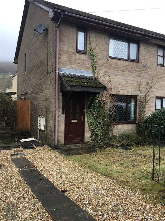 3 Bedrooms Semi Detached House for sale in Dan Y Bryn, Caerau, Maesteg