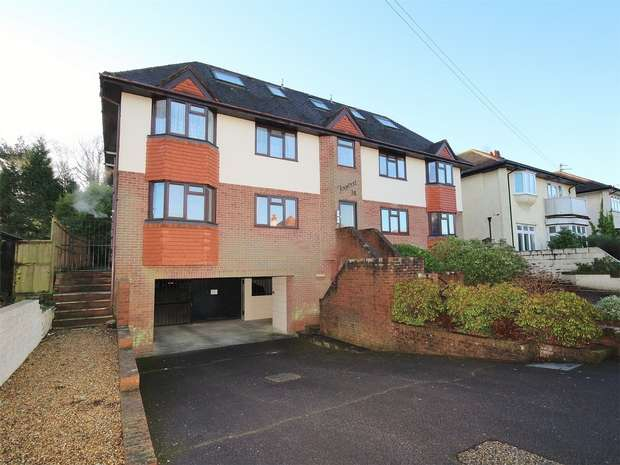 3 Bedrooms Flat for sale in Foxwood, 74 Penn Hill Avenue, Lower Parkstone, Poole, Dorset