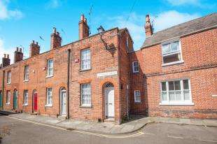 3 Bedrooms Terraced House for sale in Blackfriars Street, Canterbury, Kent, United Kingdom
