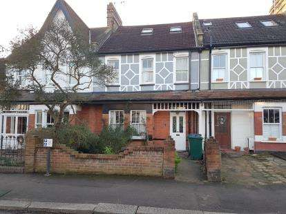 4 Bedrooms Terraced House for sale in Shaftesbury Avenue, Barnet, Hertfordshire