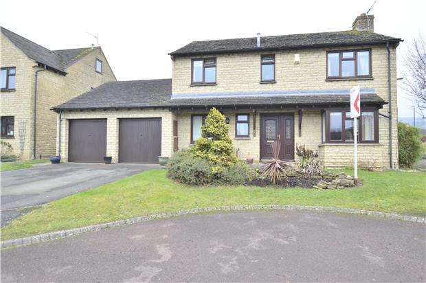 4 Bedrooms Detached House for sale in Hawthorn Drive, Woodmancote, GL52