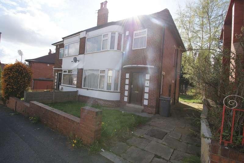 5 Bedrooms Semi Detached House for rent in Ash Gardens, Headingley, Leeds