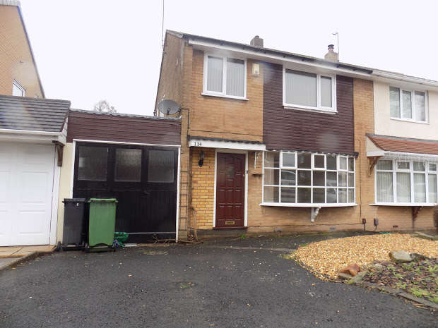 3 Bedrooms Semi Detached House for rent in KINGSWINFORD, West Midlands, DY6