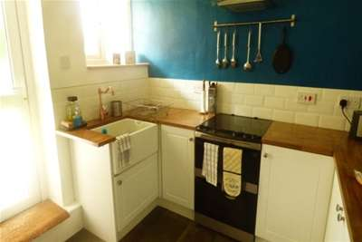 2 Bedrooms Flat for rent in Freehold Street, L7 0JJ