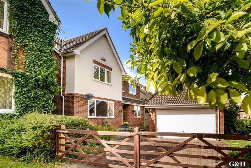 5 Bedrooms Detached House for sale in Wilson Close, Ashford, Kent