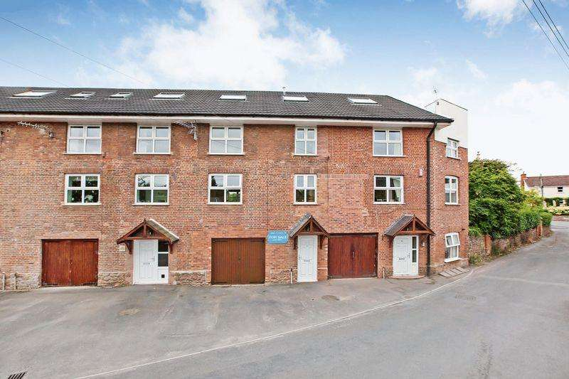 4 Bedrooms Terraced House for sale in The Old Water Mill, Wellington