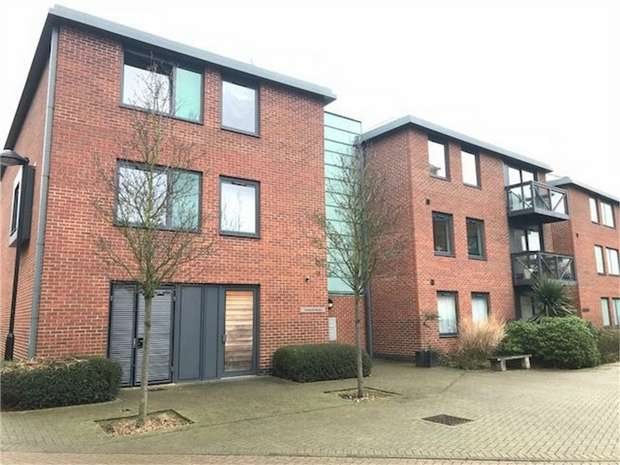 1 Bedroom Flat for sale in Toolands House, Union Lane, Isleworth, Middlesex