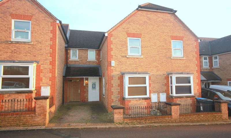 2 Bedrooms House for sale in MODERN WITH DOUBLE BEDROOMS AND PARKING, HP3