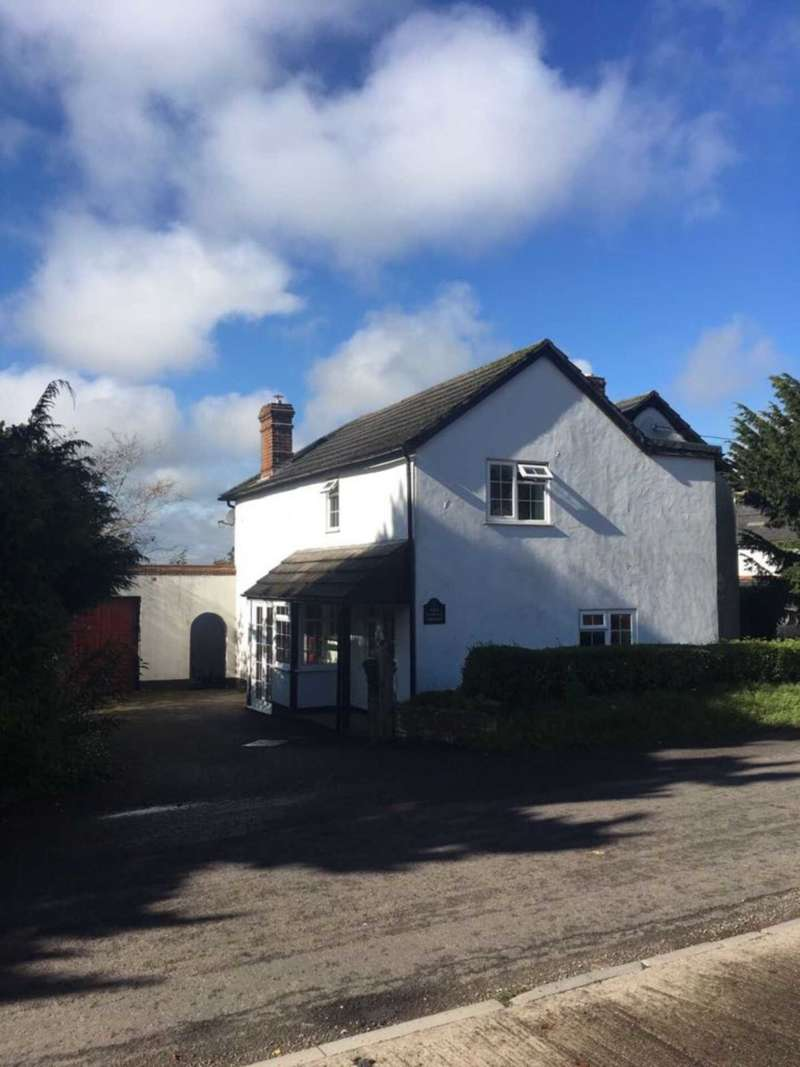 5 Bedrooms Detached House for sale in Winterslow
