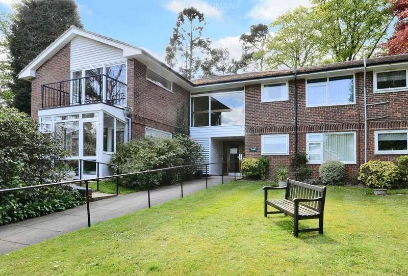 1 Bedroom Retirement Property for sale in Gunters Mead, Oxshott