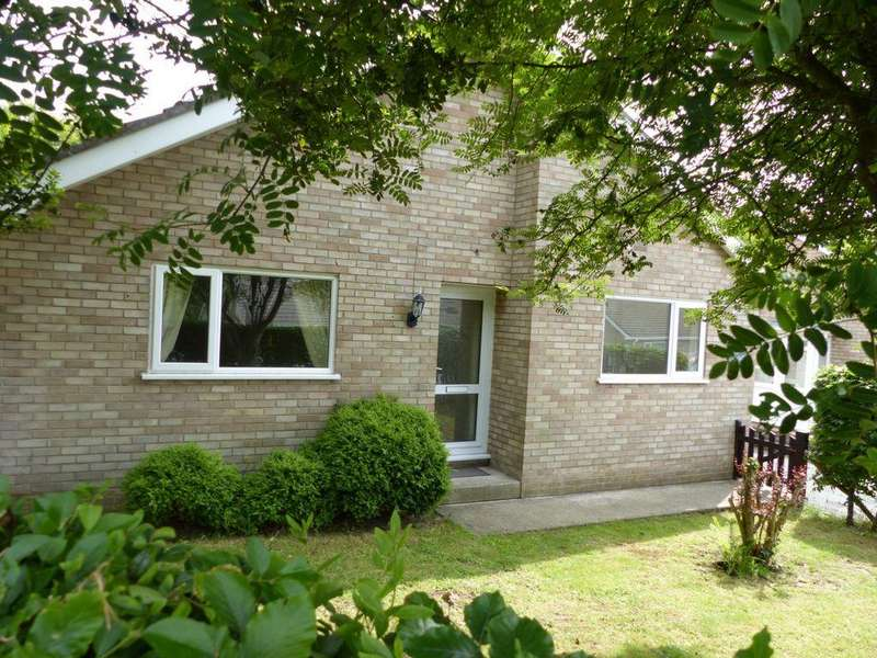 2 Bedrooms Bungalow for sale in Ffordd Pentre Mynach, Barmouth, LL42