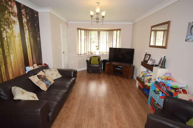 3 Bedrooms Detached House for sale in Sir John Barrow Way, Ulverston, Cumbria, LA12 9SZ