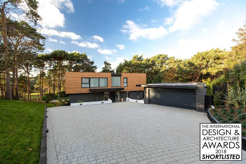 4 Bedrooms Detached House for sale in Imbrecourt, Canford Cliffs, Poole, BH13