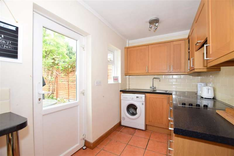 2 Bedrooms Semi Detached House for sale in Prospect Place, , Canterbury, Kent