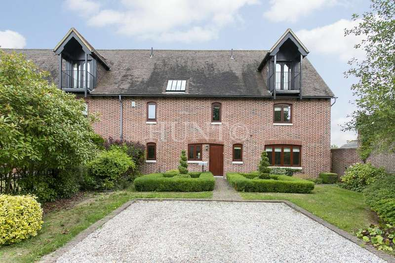 5 Bedrooms Semi Detached House for rent in Dacres Gate, Dunmow Road, Fyfield, Essex CM5