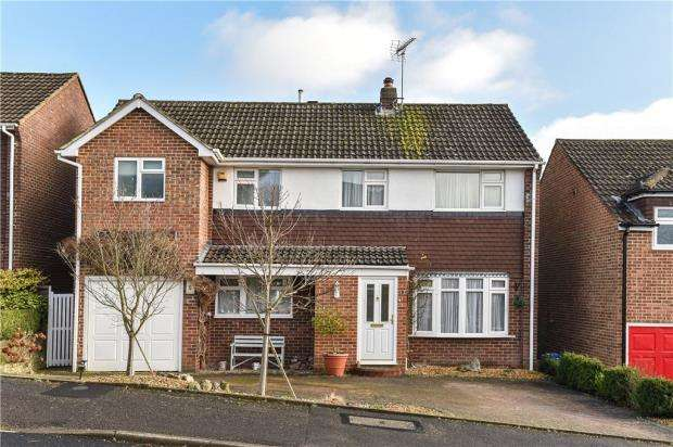 4 Bedrooms Detached House for sale in Hone Hill, Sandhurst, Berkshire