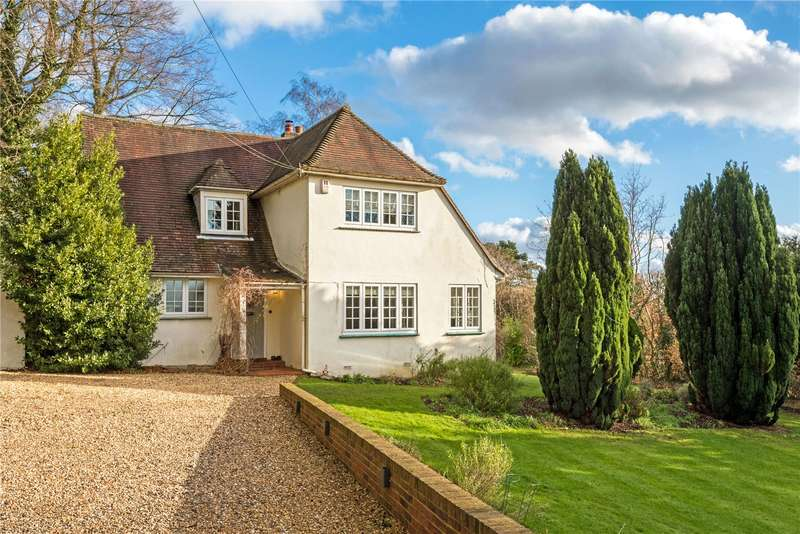4 Bedrooms Detached House for sale in Gatton Road, Reigate, Surrey, RH2
