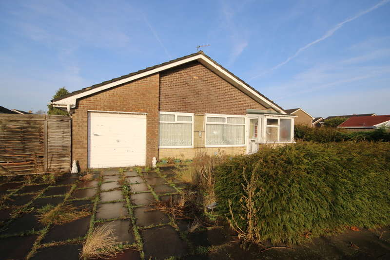 3 Bedrooms Detached Bungalow for sale in Tinsley Avenue, Kew, Southport