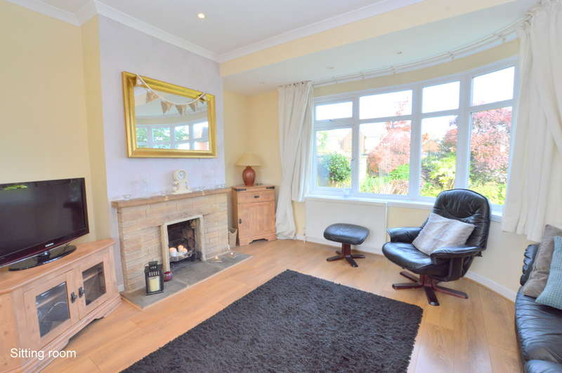 4 Bedrooms Semi Detached House for sale in Kingsley Grove, Reigate