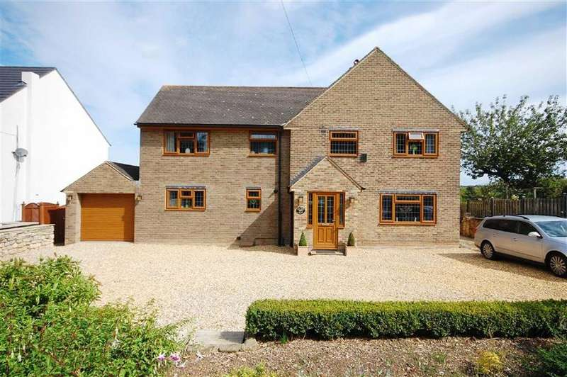 4 Bedrooms Detached House for sale in Great North Road, Micklefield, Leeds, LS25