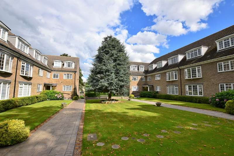 3 Bedrooms Apartment Flat for sale in Arncliffe Court, Marsh, Huddersfield HD1