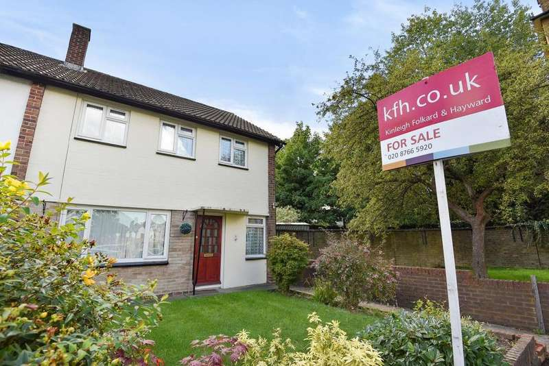 3 Bedrooms Semi Detached House for sale in Avenue Gardens, South Norwood