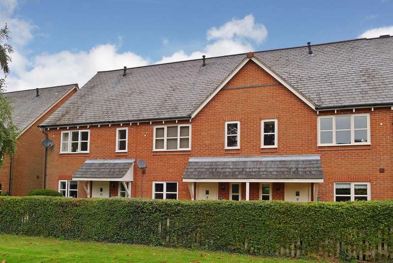 3 Bedrooms Town House for sale in MAYLES CORNER, KNOWLE VILLAGE