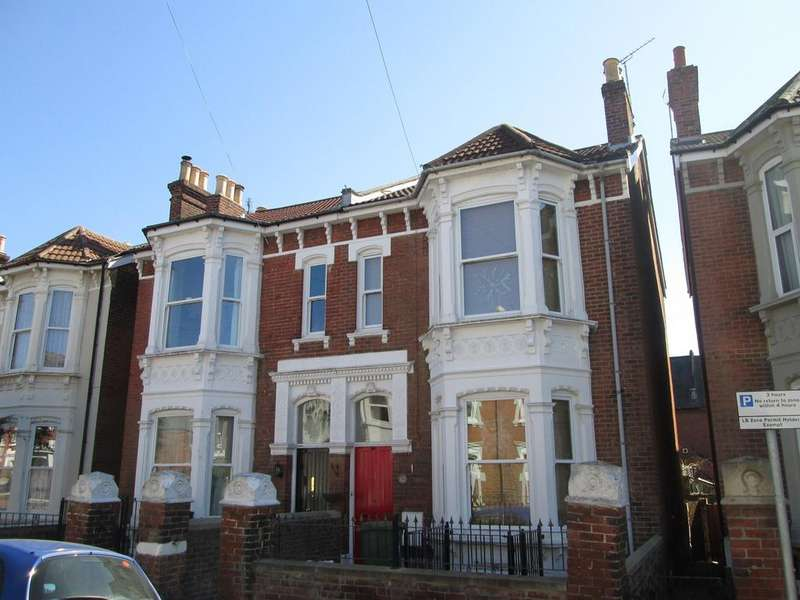 7 Bedrooms House for rent in St Andrews Road, Southsea, PO5