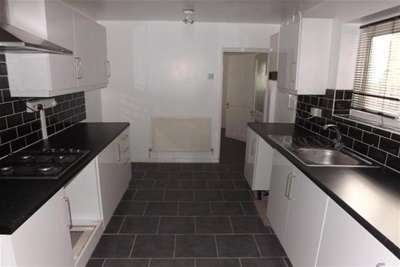 6 Bedrooms House for rent in Matcham Road, E11