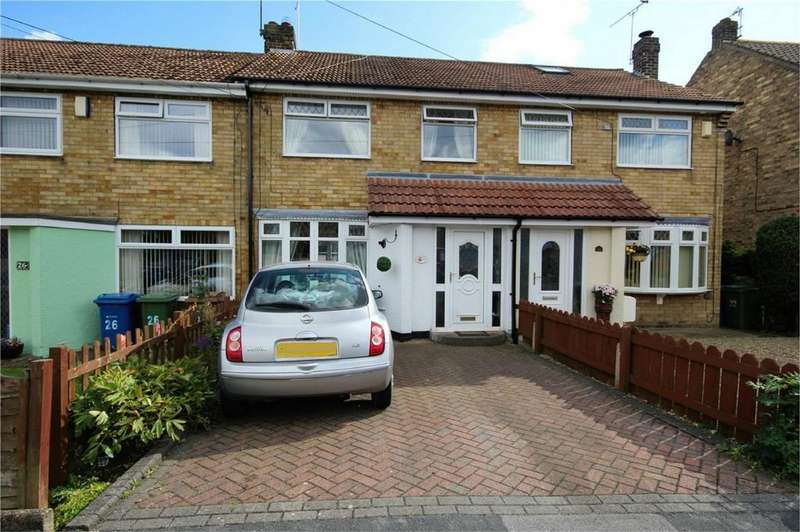 3 Bedrooms Terraced House for sale in 24 Hazelbarrow Drive, Willerby, HULL, East Riding of Yorkshire