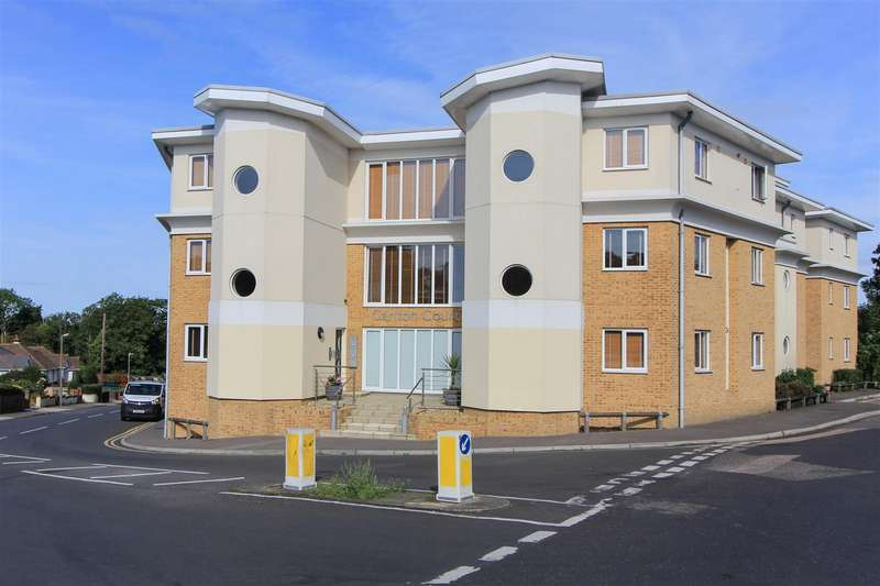 2 Bedrooms Apartment Flat for sale in The Bridge Approach, Whitstable