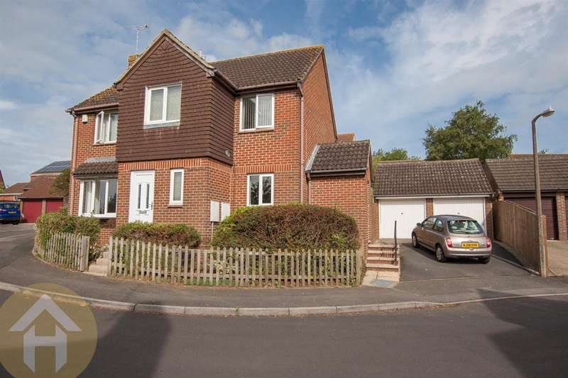 4 Bedrooms Detached House for sale in Woodshaw, Royal Wootton Bassett.