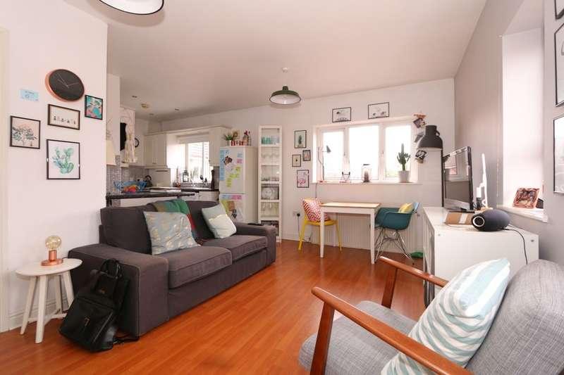 1 Bedroom Flat for sale in Delahays Range, Manchester, M18