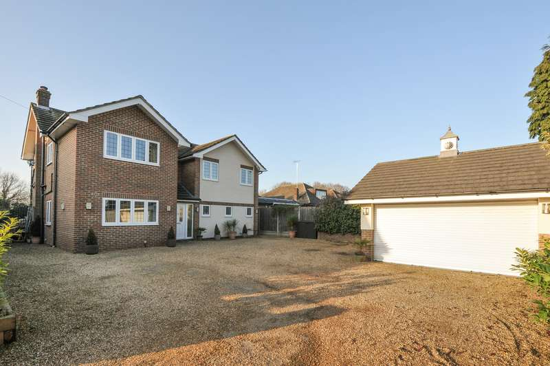 4 Bedrooms Detached House for sale in The Drive, Northwood